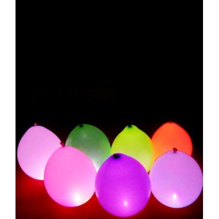 ballons lumineux en latex avec des motifs étoiles - languette à tirer pour allumer la LED